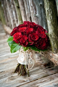 enchanted-florist-ace-photography-red-rose-bouquet